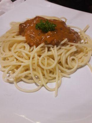 Foto 3 - Makanan di AH Resto Cafe - Hotel Ibis Budget Jakarta Cikini oleh Michael Wenadi