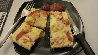 Foto 2 - Makanan(PIZZA FOMAGGI) di Eat Boss oleh Agni Lastari