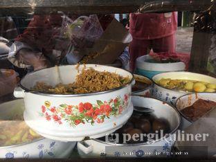 Foto 3 - Interior di Nasi Kuning Pojok Pasar Pucang oleh @mamiclairedoyanmakan