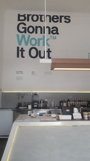 Foto 7 - Interior di Work Coffee oleh Nadia Indo