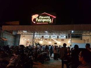 Foto 8 - Eksterior di Waroeng Kampoeng Seafood & Ropang oleh Christian   IG : @gila.kuliner13