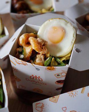 Foto 1 - Makanan di Daily Box oleh @Sibungbung