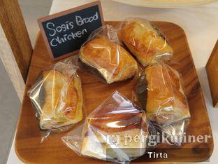 Foto 7 - Makanan di Rokue Snack oleh Tirta Lie