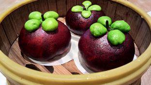 Foto 1 - Makanan(Bakpao Manggis) di Imperial Kitchen & Dimsum oleh Komentator Isenk