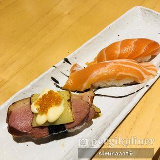Foto 3 - Makanan(Smoked duck cheese; salmon belly sushi) di Sushi Hiro oleh Sienna Paramitha
