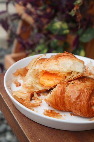 Foto Makanan di Olive Tree House of Croissants