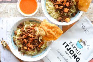 Foto review Bakmi Itjong oleh Michelle Xu 1