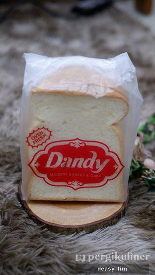 Foto 2 - Makanan di Dandy Bakery oleh Deasy Lim