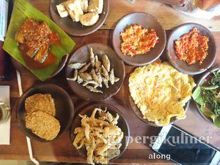 Foto 3 - Makanan di Waroeng SS oleh #alongnyampah