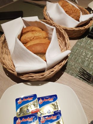 Foto 3 - Makanan di Spice Restaurant - Oakwood Hotel & Residence Surabaya oleh Amrinayu