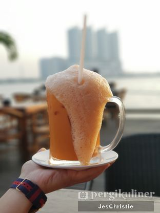 Foto 1 - Makanan(Es Teh Tarik) di Jetski Cafe oleh JC Wen