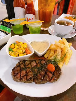 Foto 9 - Makanan di Double U Steak by Chef Widhi oleh yudistira ishak abrar