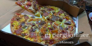 Foto review Domino's Pizza oleh Shanaz  Safira 1