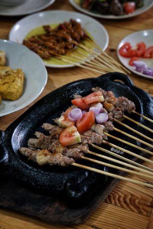 Foto 1 - Makanan di Pondok Sate Surya oleh Nanakoot