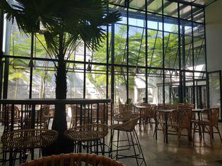 Foto 6 - Interior di Mimiti Coffee & Space oleh D L