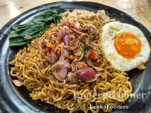 Foto review Warung Wakaka oleh LenkaFoodies (Lenny Kartika) 1