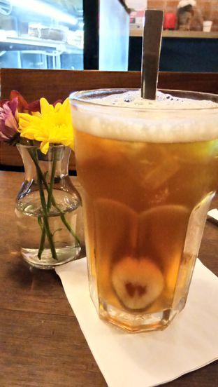 Foto 4 - Makanan(Lychee Tea) di Scandinavian Coffee Shop oleh Komentator Isenk