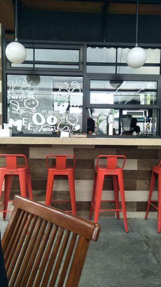 Foto Interior di Neko Cat Cafe