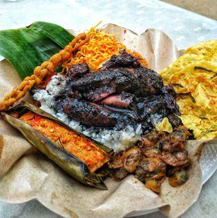 Foto 1 - Makanan di Nasi Cumi Hitam Madura Pak Kris oleh kunyah - kunyah