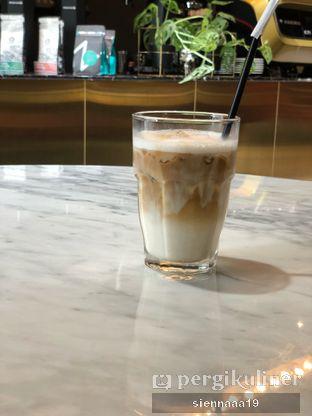 Foto 3 - Makanan(Ice Salted Caramel Latte) di Brew and Else oleh Sienna Paramitha