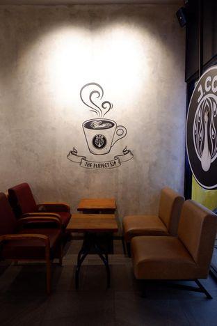 Foto 9 - Interior di J.CO Donuts & Coffee oleh yudistira ishak abrar