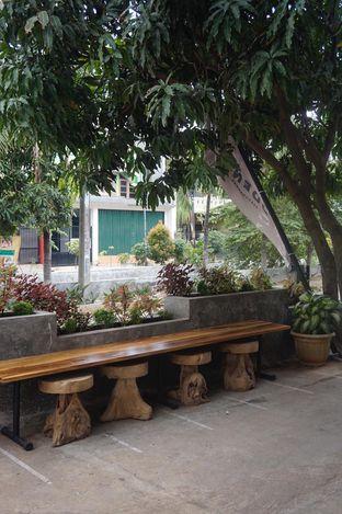 Foto 7 - Interior di Hidden Haus Coffee & Tea oleh yudistira ishak abrar