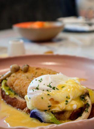Foto 10 - Makanan di Lume Restaurant & Lounge oleh thehandsofcuisine