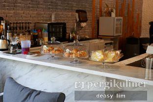 Foto 7 - Interior di Just Request Coffee oleh Deasy Lim