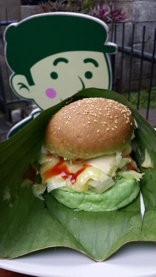 Foto review Maio Green Burger oleh NOTIFOODCATION Notice, Food, & Location 8