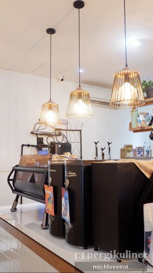 Foto 8 - Interior di Pigeon Hole Coffee oleh Mich Love Eat