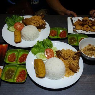 Foto Makanan di Kedai Victory (Bebek Seuhah)