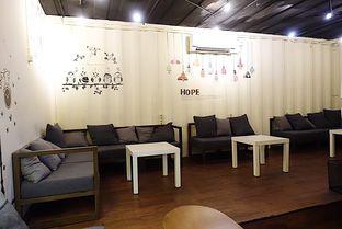 Foto 8 - Interior di Tamper Coffee oleh inggie @makandll