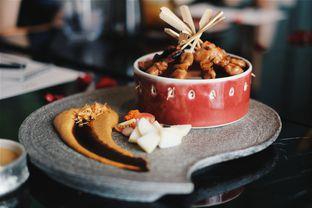 Foto 5 - Makanan(Chicken Satay) di 1945 Restaurant - Fairmont Jakarta oleh Verdi Danutirto