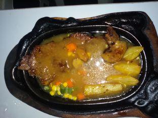 Foto 3 - Makanan di Waroeng Steak & Shake oleh Nintia Isath Fidiarani