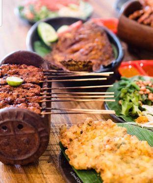 Foto 2 - Makanan di Putera Lombok oleh Eatandcrunch