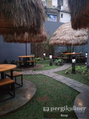 Foto review Danau Sentani oleh Inay  5