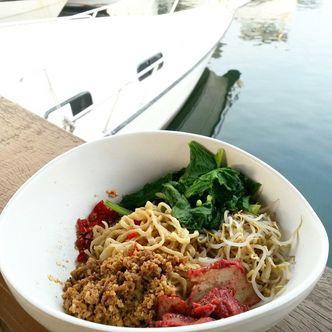 Foto Makanan di Cafe Dermaga (Bakmi Sakau)