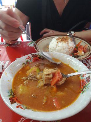 Foto 2 - Makanan di Soto Betawi Globe H. Oji oleh Makan2 TV Food & Travel