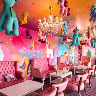 Foto 10 - Interior di Miss Unicorn oleh duocicip