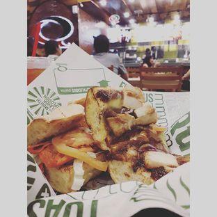 Foto 2 - Makanan(Chicken Carbonara) di Quiznos oleh Sviia