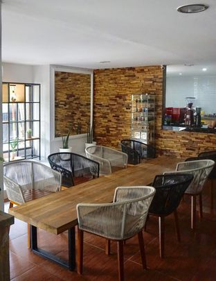 Foto 9 - Interior di Hidden Haus Coffee & Tea oleh yudistira ishak abrar