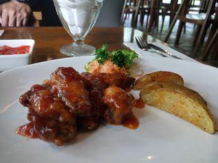 Foto 9 - Makanan di The Place oleh yudistira ishak abrar