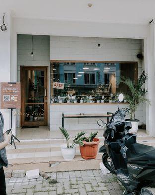 Foto 1 - Interior di Emmetropia Coffee oleh deasy foodie