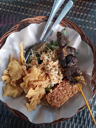Foto 1 - Makanan di Nasi Pecel Nyamleng oleh Claudia Amanda