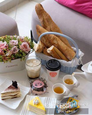 Foto 4 - Makanan di Divani's Boulangerie & Cafe oleh Darsehsri Handayani