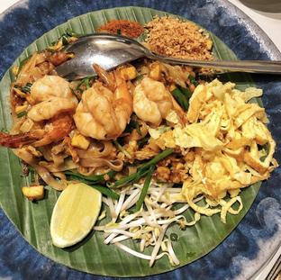 Foto 5 - Makanan(Pad Thai) di Chao Phraya oleh Aqmarina Paramaduhita