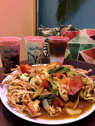 Foto 4 - Makanan di Garage Cafe oleh kdsct
