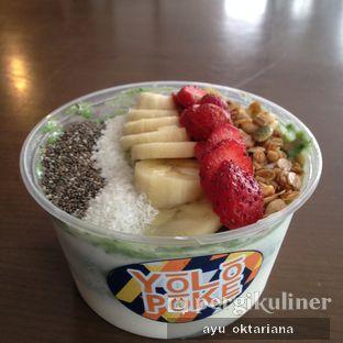 Foto - Makanan di Yolo Poke oleh a bogus foodie