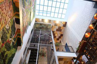 Foto 2 - Interior di Giyanti Coffee Roastery oleh irena christie
