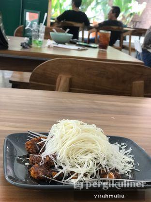Foto 3 - Makanan di Teras Rumah oleh Del and Dit